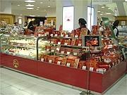 松屋銀座にフランス伝統菓子店−「ラ・メール・プラール」