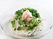松坂屋上野店で「パクチーフェア」−パクチーレモンいなり、パクチー入り海鮮丼など10種