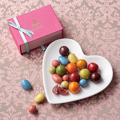 銀座三越で「GINZA Sweets Collection」−「女性が過ごす」を意識し「ピンク」をテーマに