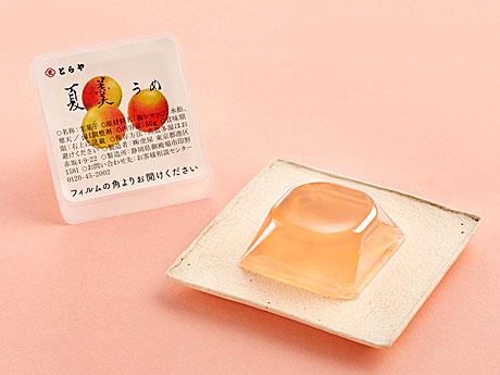 希少な梅「露茜」を使った夏季限定の涼菓&かき氷、「とらや」が限定販売