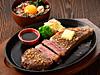 鉄板サーロインステーキ(ミニ牛とろ丼付き)