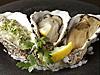 昆布森産牡蠣の3種(岩海苔クリーム、ワイン蒸し、スモーク)